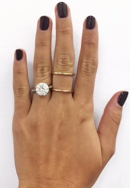 How To Take The Perfect Engagement Ring Selfie The Clear Cut
