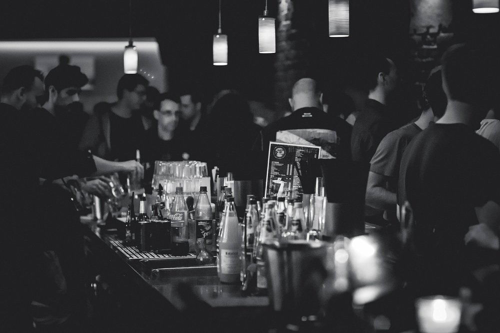 "A bar is one of the greatest ""field sites"" to observe human behaviors at their core  Source: RondellMelling/Pixabay"