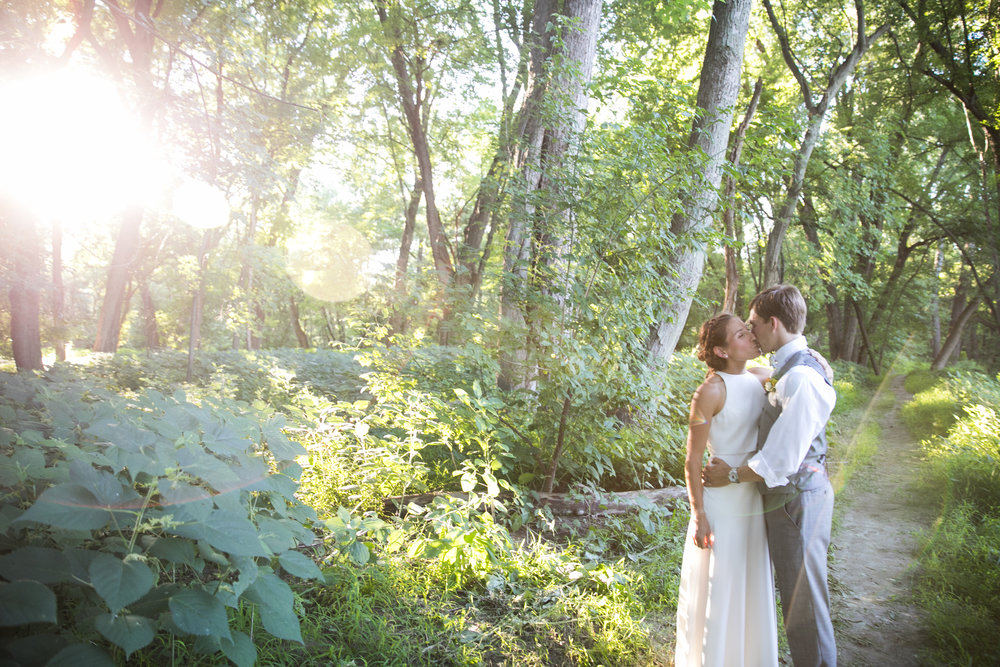 LINDSEY & CHRIS - THE INTERVALE COMMUNITY BARN: BURLINGTON, VT