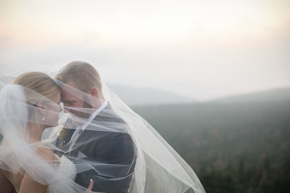 AMY & JR - KILLINGTON PEAK LODGE: KILLINGTON, VT