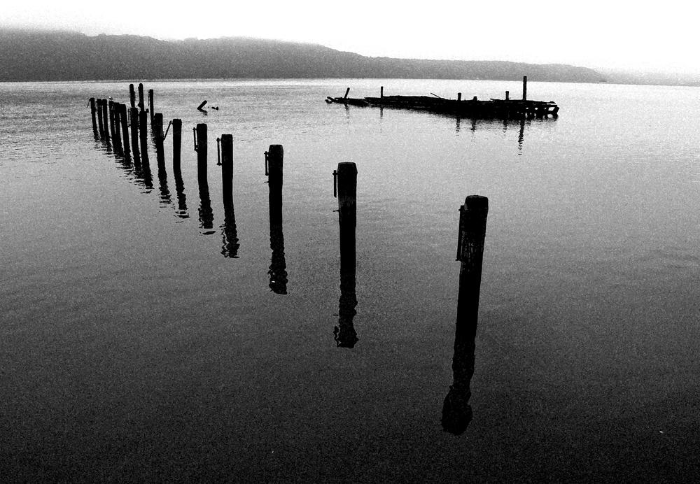 Hudson River Posts 1062