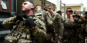 The Army's Body Armor May Be Too Heavy For Soldiers In Combat, Report Finds
