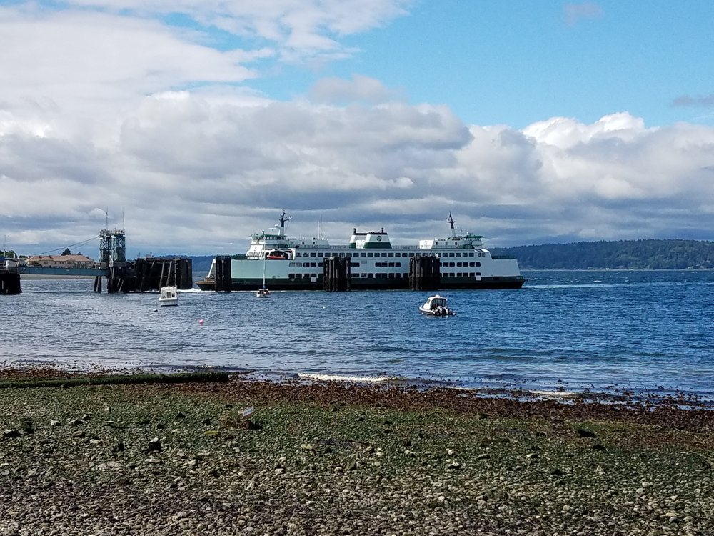 Vashion Island Ferry from Lincoln Park in West Seattle