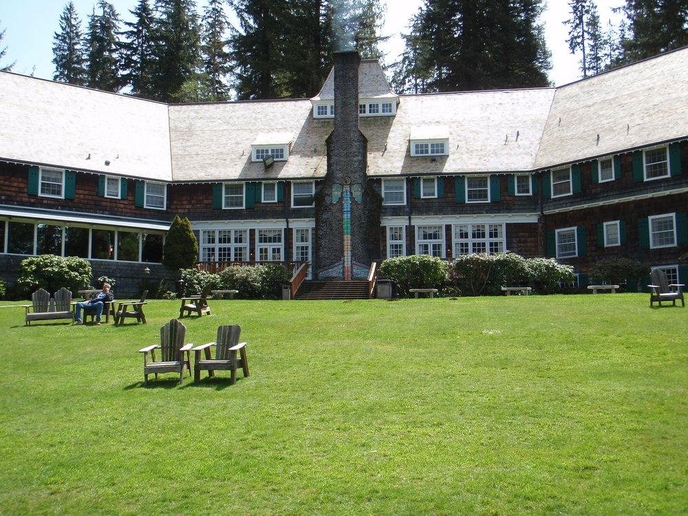 Historic Lake Quinault Lodge