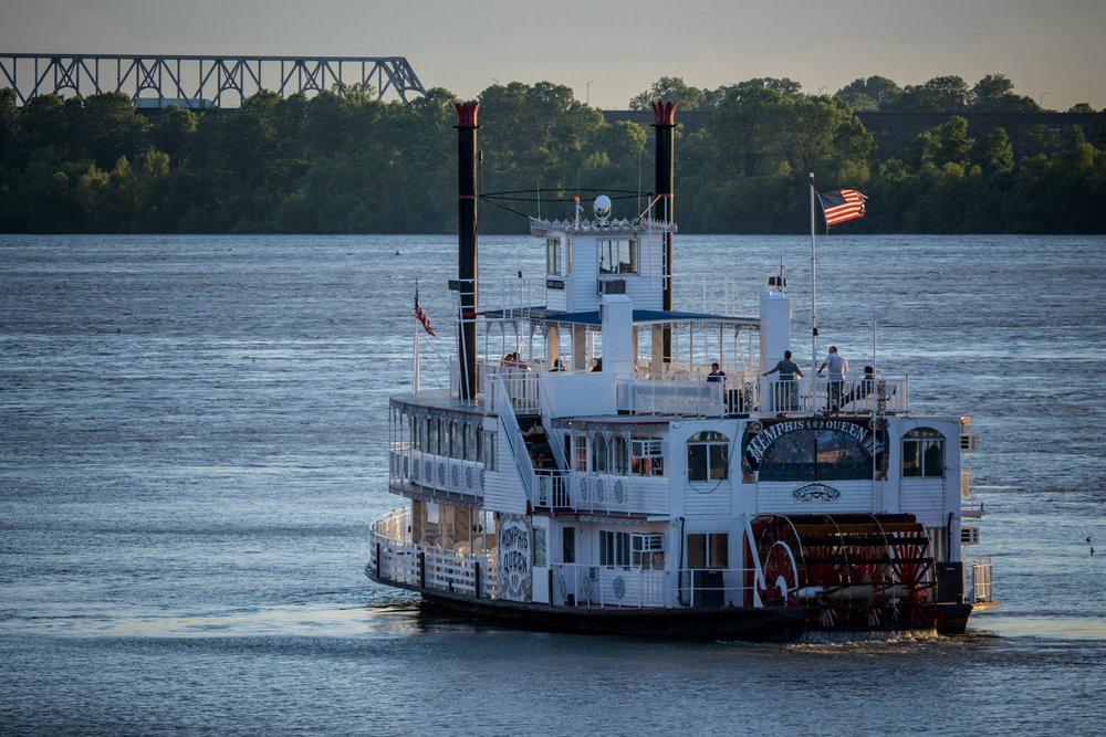 Beale Street Landing Mississippi River 0005.jpg