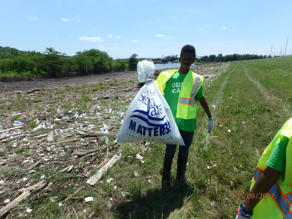 2017 Week 1: Clean-up and trash sorting