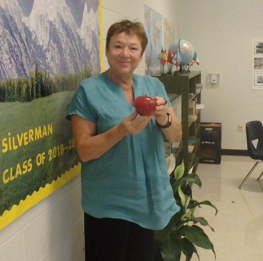 Ms. Silverman Teacher Award.JPG
