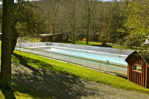 pool.lg.jpg