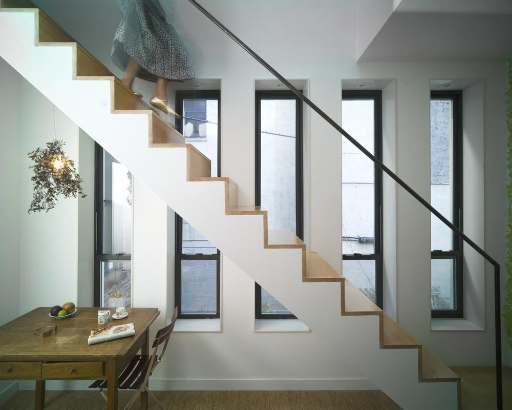 06_Harlem_Stair.jpg