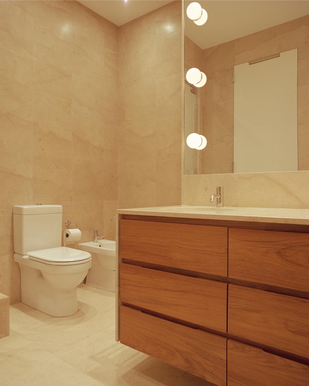 06_HSq-Bath.jpg