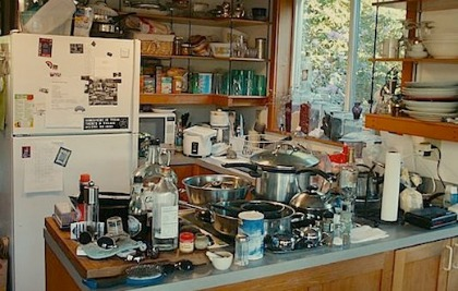 messykitchen.jpg