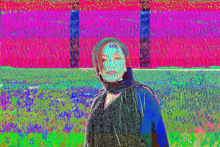 BROKEN PORTRAITS OF ARAB WOMEN (2016)