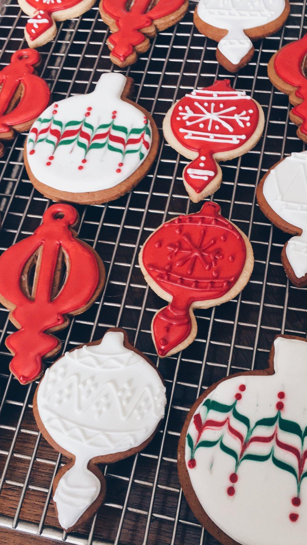 Medium sized cookies