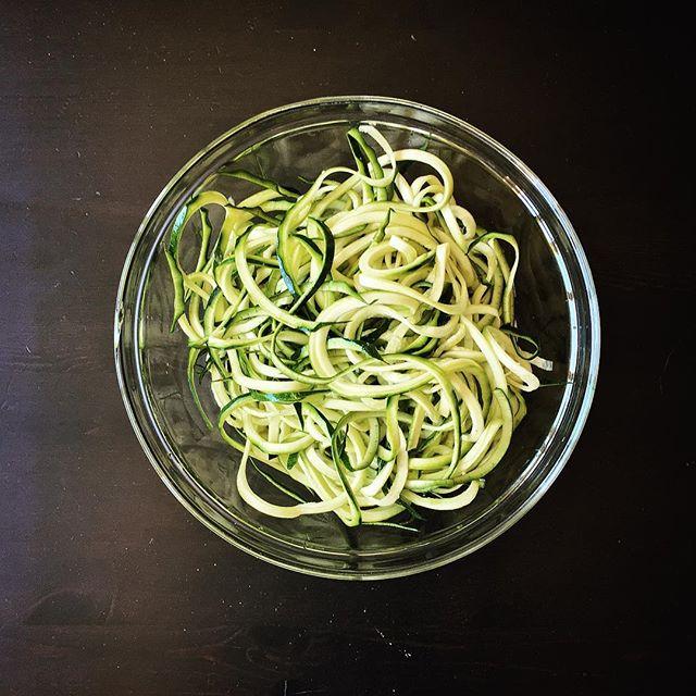 First time zoodles. #zoodles #paleo #paleoeats #heathyeating #mywonbowl #f52grams #foodstagram #food52