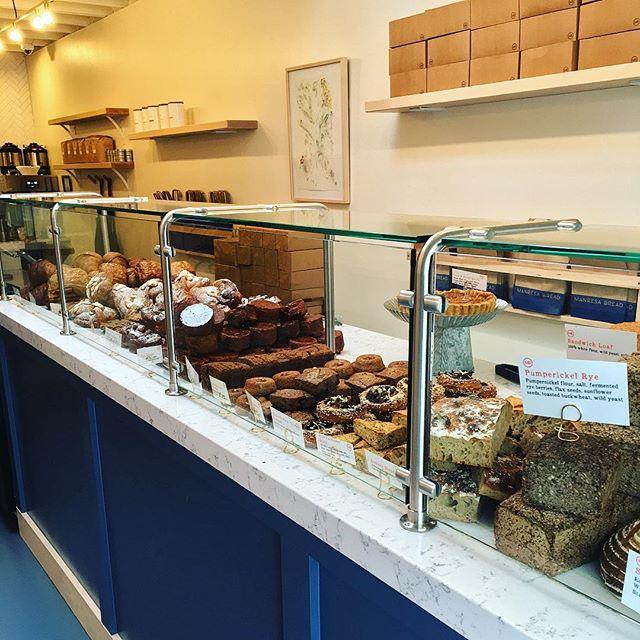 Manresa Bread opened up in sleepy Los Altos 😍