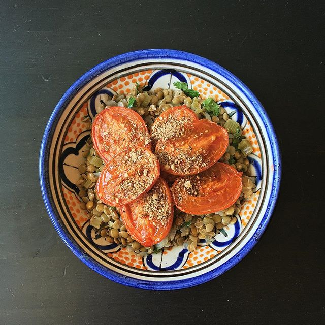 Lentils, harissa roasted tomatoes, and homemade dukkah courtesy of Diana Henry. #mealprep #foodstagram #food52 #f52grams #feedfeed #lifeandthyme #mywonbowl