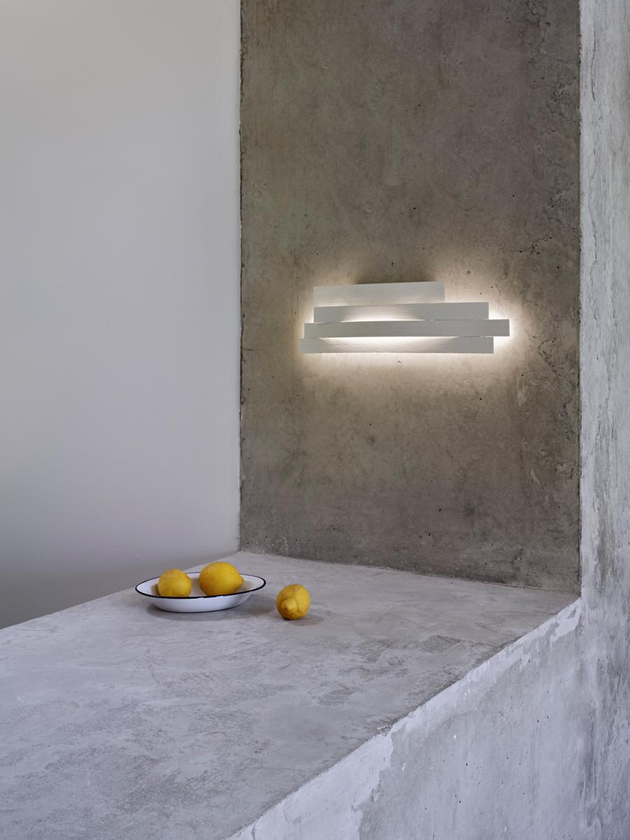 Li-wall-lamp-arturo-alvarez-li06-07.jpg