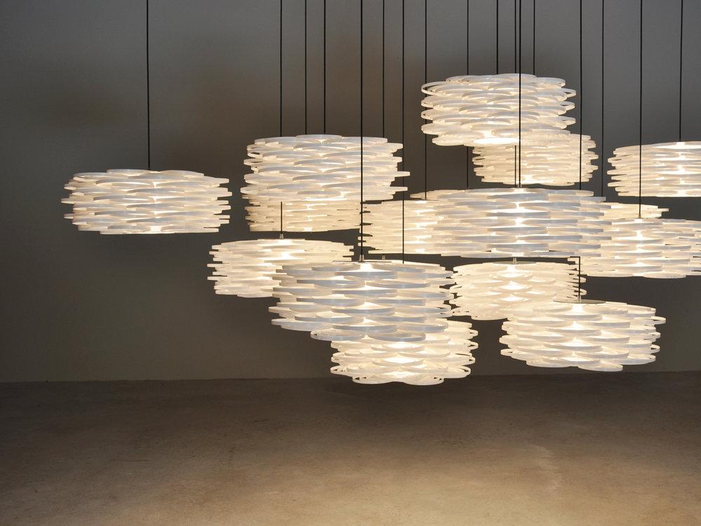 Aros-pendant-lamp-arturo-alvarez-ar04-03.jpg