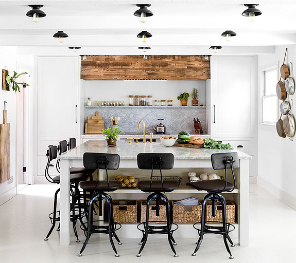 ble-photo-gallery-575x512-kitchen-and-dining.jpg