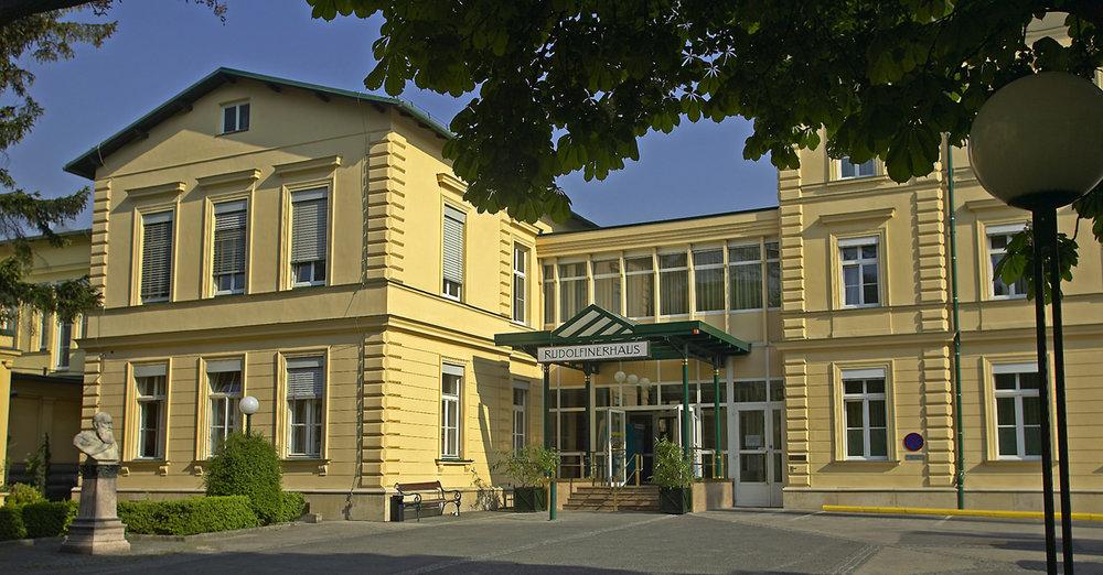 Rudolfiner Haus03_S.jpg