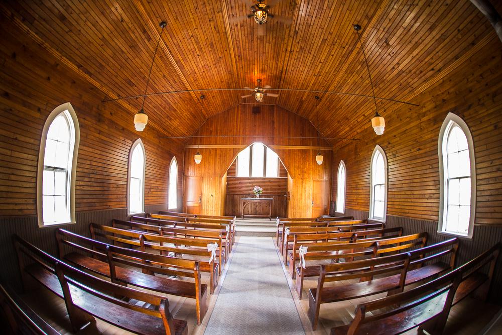 Viamede-Resort-Wedding-Woodview-Ontario-Russ-and-Meg-0031.jpg