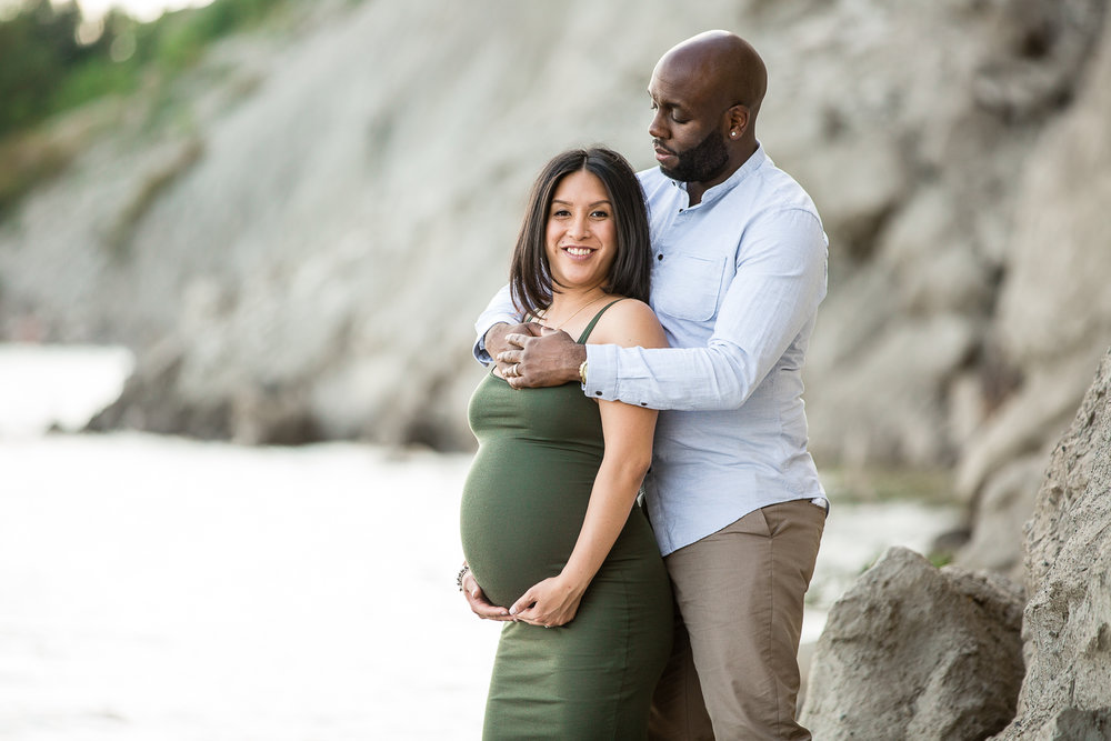 Scarborough-Bluffs-Maternity-Engagement-Shoot-0001.jpg