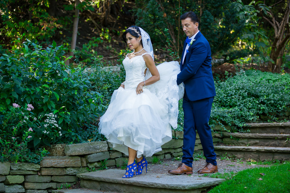 Alexander-Muir-Gardens-Wedding-Toronto-Canada-Derrel-Ho-Shing-Photography-0018.jpg