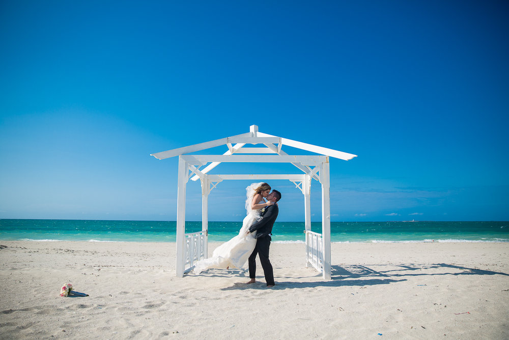 Iberostar-Laguna-Azul-Varadero-Cuba-Destination-Wedding-37.jpg