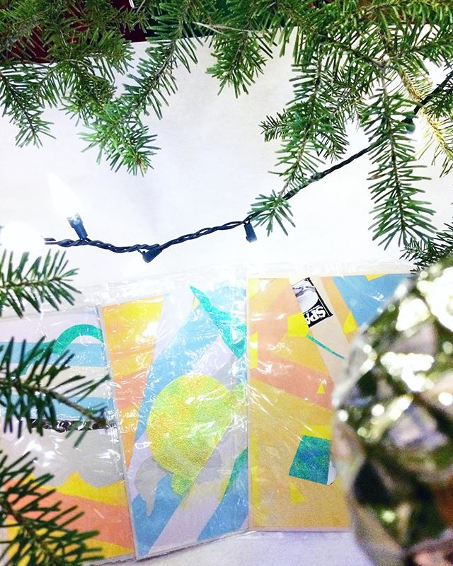 i'm loving relaxing with my coffee next to the🎄 but i'm also wondering if i should make more of these or make useful art like cards? thoughts? . . #christmastree #christmascards #painting #presents #color #shiny #artist #aprilwerle #contemporaryart #collage #christmas #procrastinating #art #coffee
