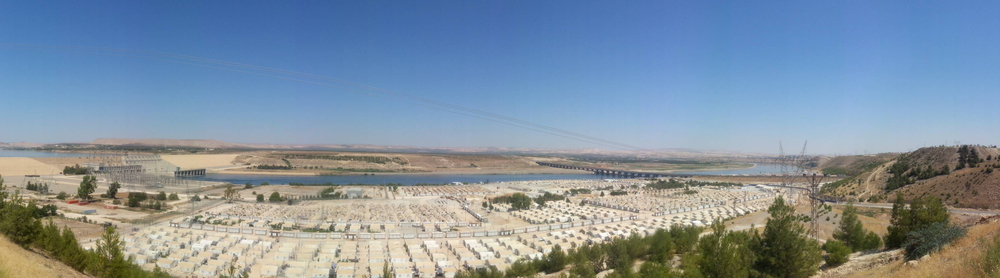 Kilis border camp in the distance, Merve Bedir, Gaziantep, Turkey, 2014