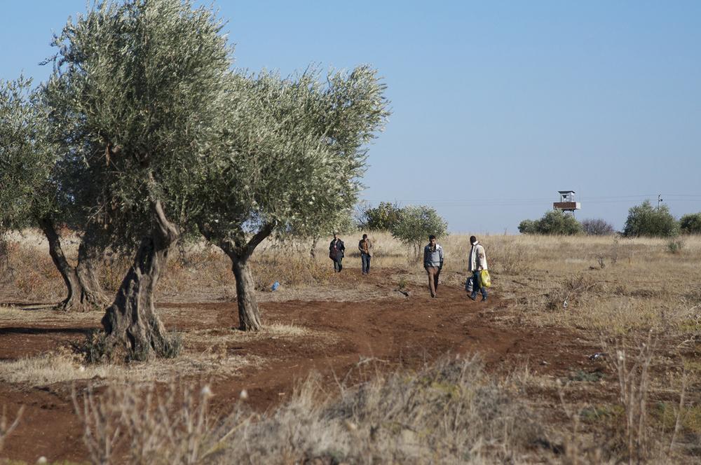 "Turkey-Syria border, from ""Syria in Transit"" series, Kemal Vural Tarlan, 2014"