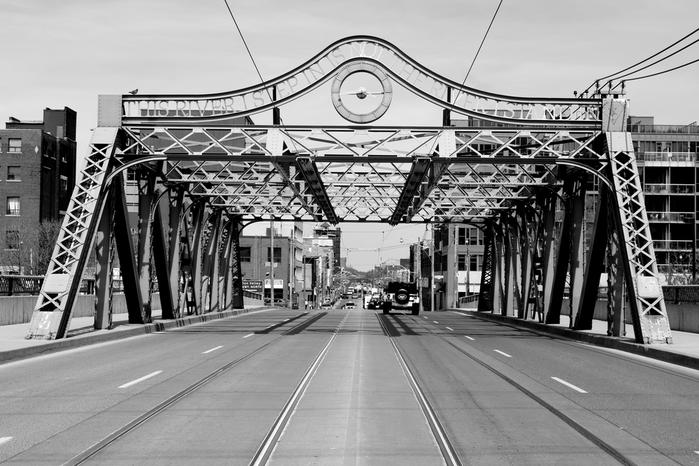Queen Street Viaduct (photograph by John Severino)
