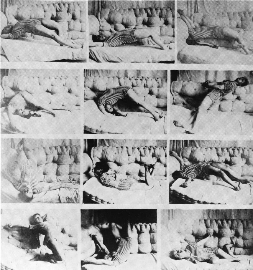 Image 9 / Hysterical attack, Rummo, two plates from the  Iconografia fotografica del grande Isterismo  (1890), dedicated to Charcot. In Georges Didi-Huberman,  Invention of Hysteria: Charcot and the Photographic Iconography of the Salpêtrière , MIT Press, 2003, 120