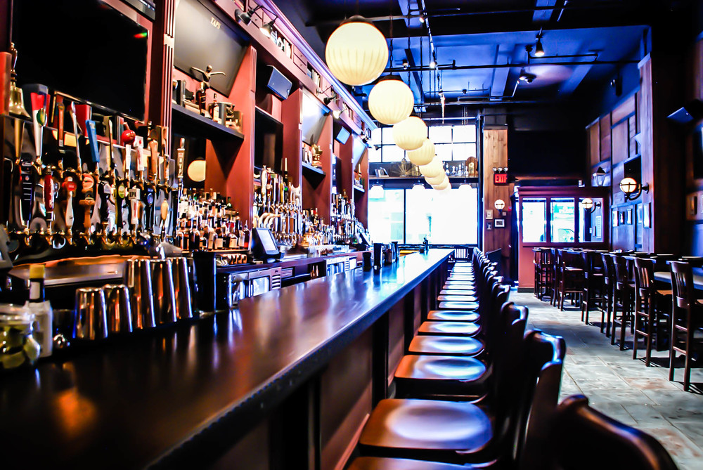 District Tap House Bar & Stools