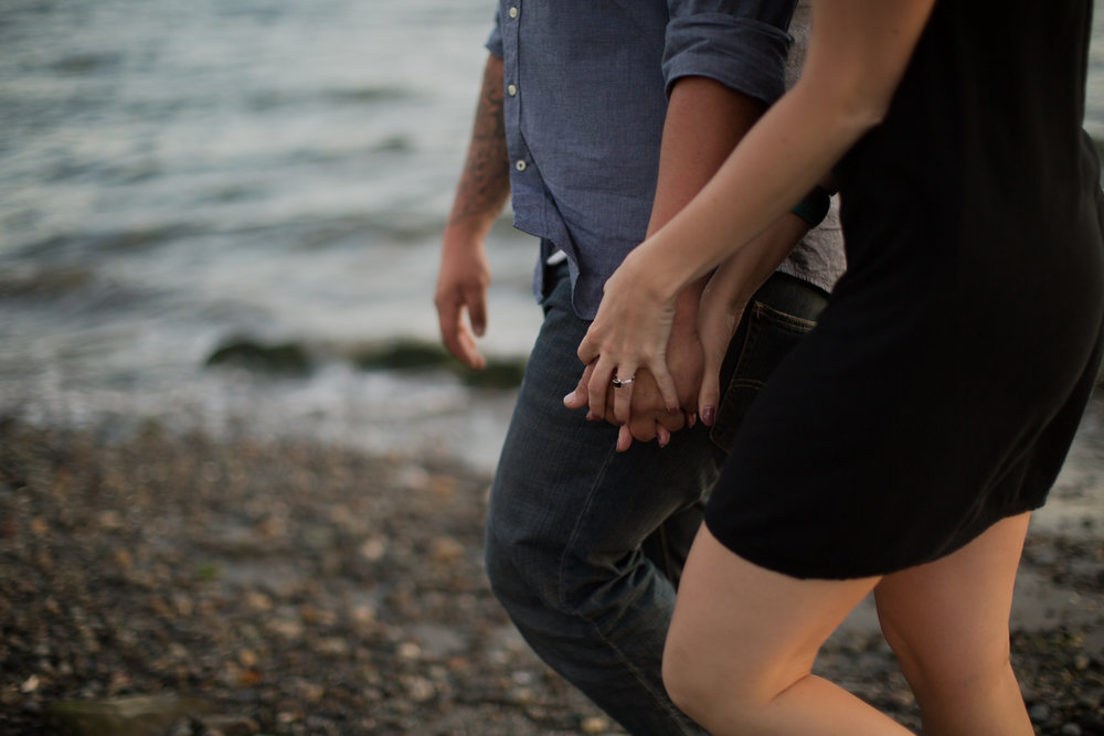 Seattle Discovery Park Engagement Photos by Reese Ferguson