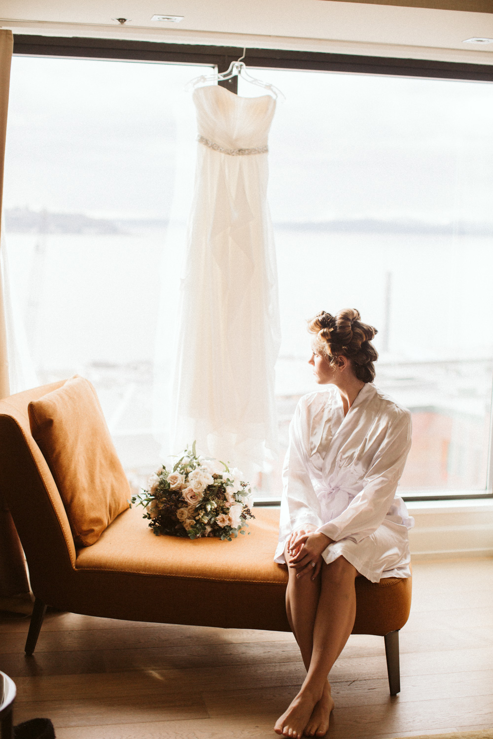 Getting Ready Seattle Wedding Inn at the Market Pike Place Market