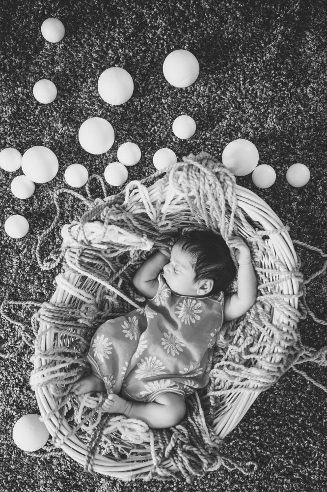 san   diego wedding photographer | monotone shot of baby in basket with rope