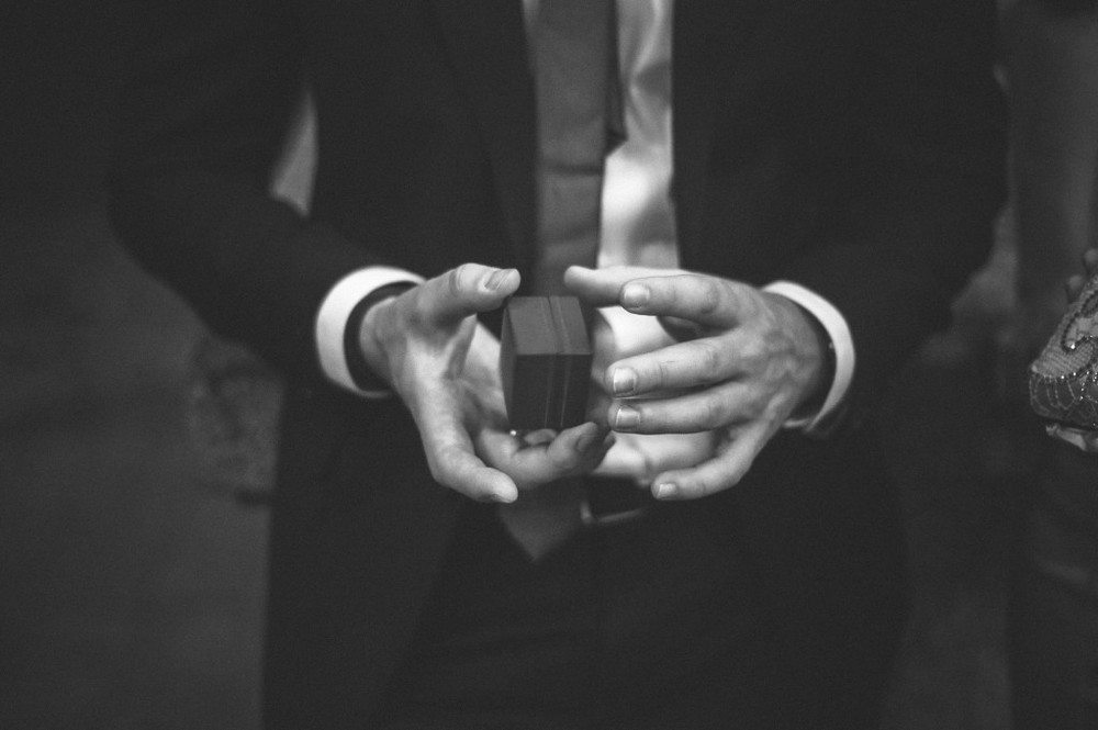 san   diego wedding photographer | monotone shot of man holding ring box