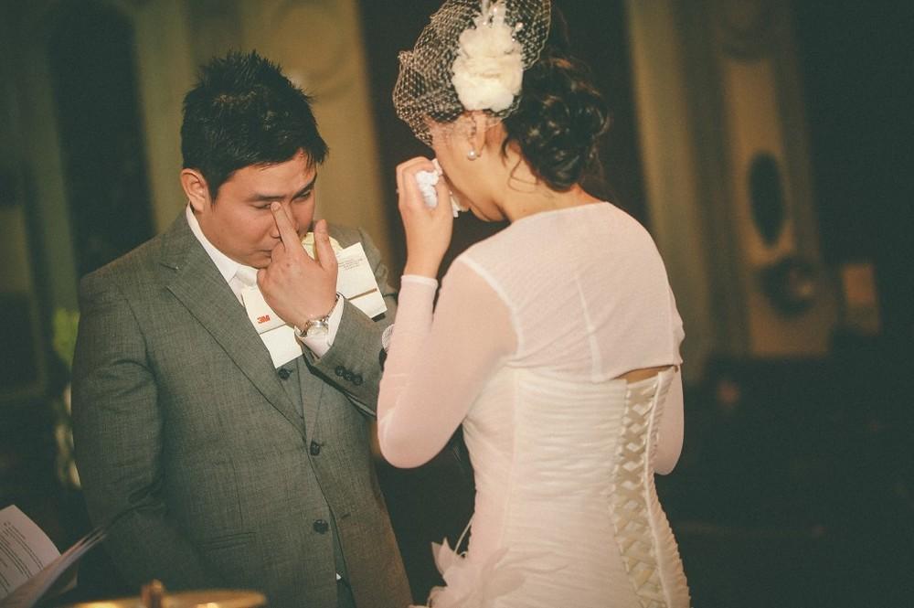 san   diego wedding photographer | bride and groom crying
