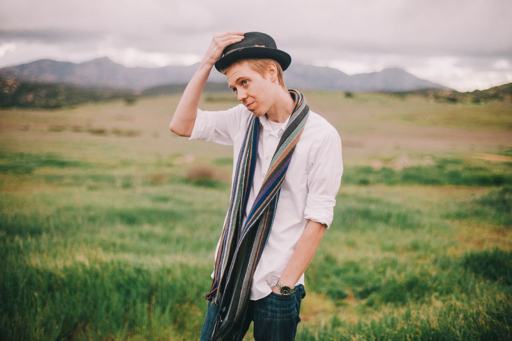 san   diego wedding photographer | man in white shirt and hat with scarf