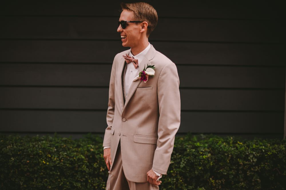 san   diego wedding photographer | man in grey suit and buttonniere