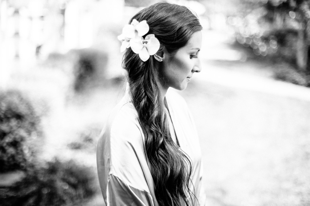 san   diego wedding photographer | monotone shot of bride with flowers in hair