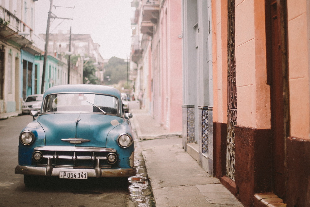 san diego wedding   photographer | vibrantly colored blue car parked on curb