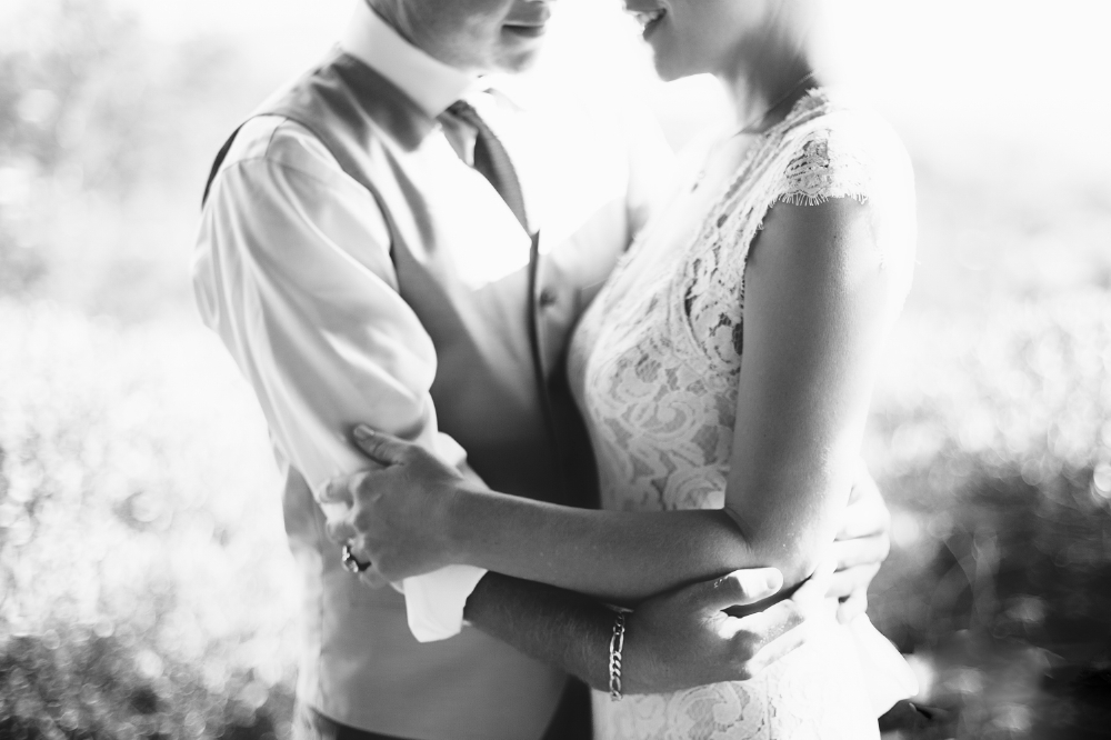 san diego wedding   photographer | monotone shot of couple's torso holding each other's elbows