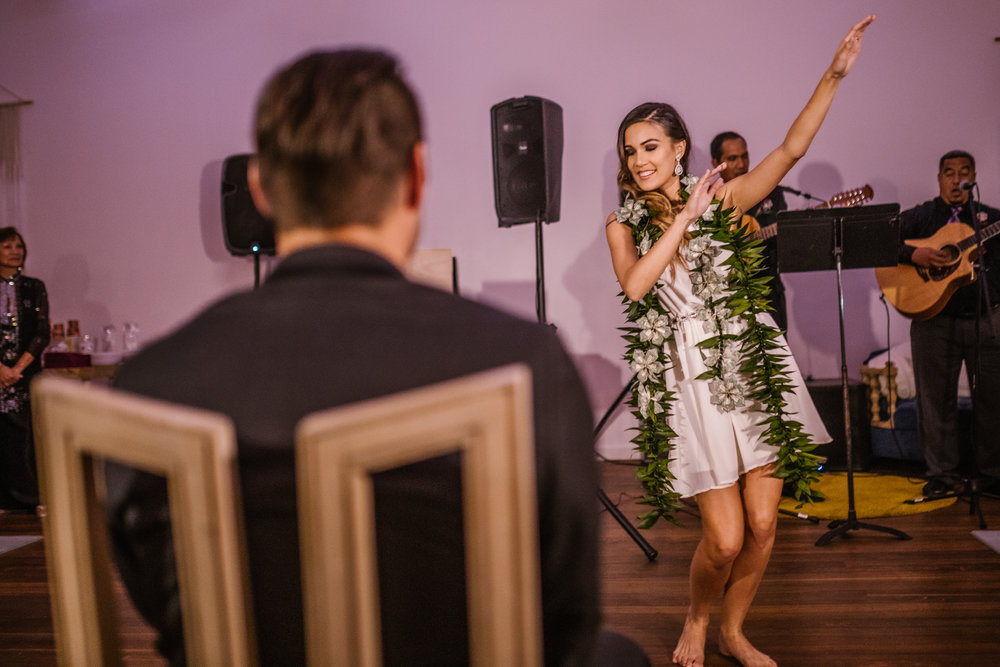 san diego wedding   photographer | bride dancing with leaves around neck