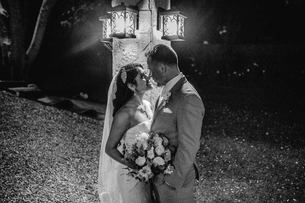 San_Diego_wedding_photographer_sweetpapermedia_mt. woodson castle_ san diego0078_bnw.JPG