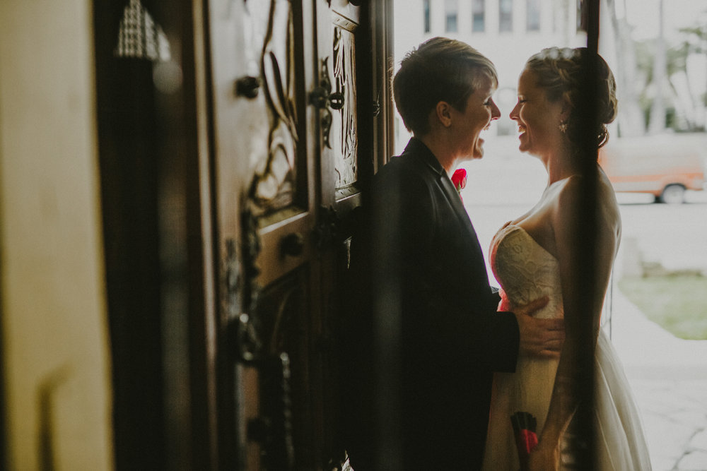 San_Diego_wedding_photographer_sweetpapermedia_Santa barbara courthouse elopement009.JPG