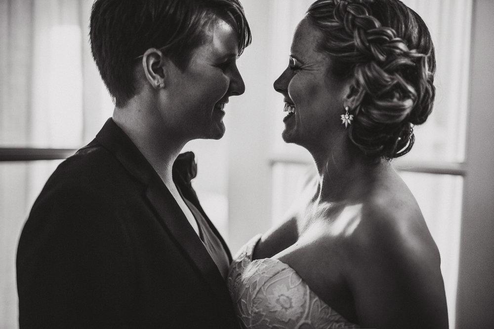 San_Diego_wedding_photographer_sweetpapermedia_Santa barbara courthouse elopement010.JPG