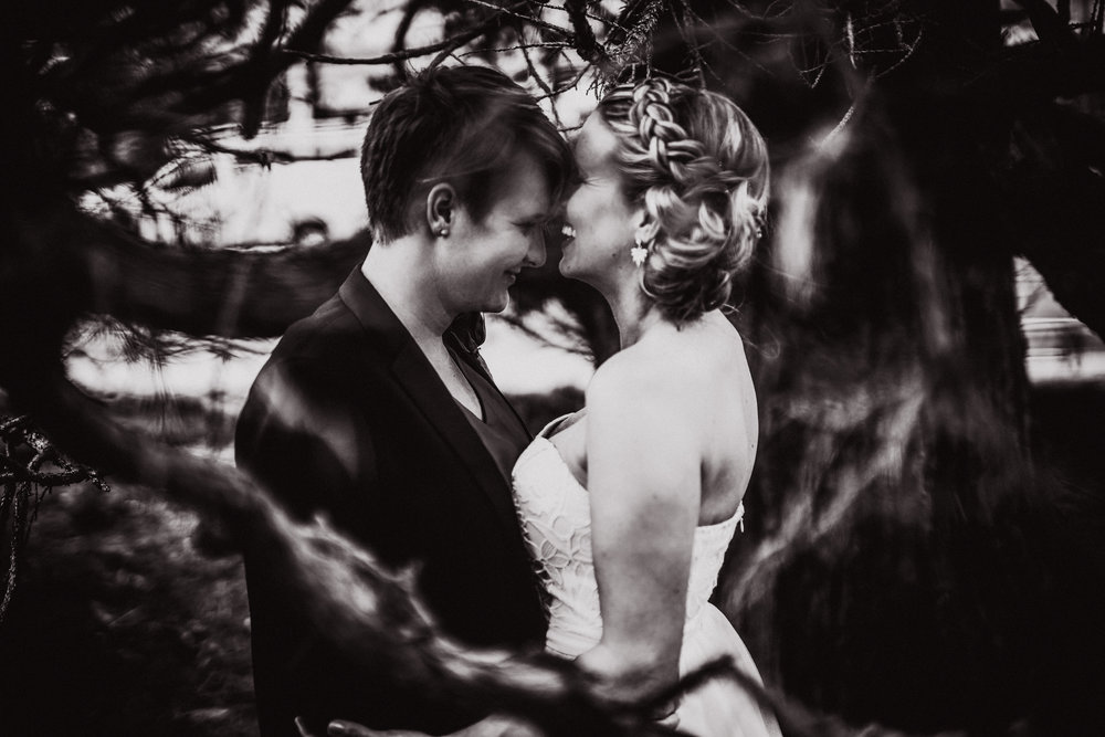 san diego wedding   photographer | monotone shot of women standing close to each other laughing