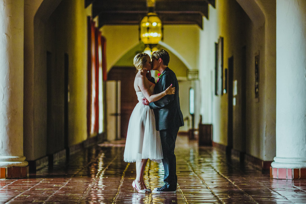 san diego wedding   photographer | women kissing in hallway